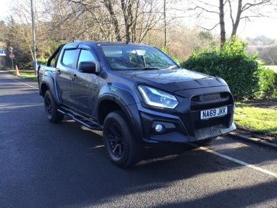 Isuzu D-max 2.5 ISUZU XTR Pick Up Diesel Black And Lime Green at Isuzu Used Vehicle Locator Leeds